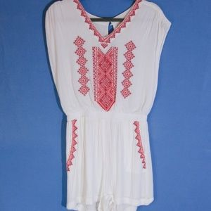 Skies Are Blue Embroidered Romper NWOT XS
